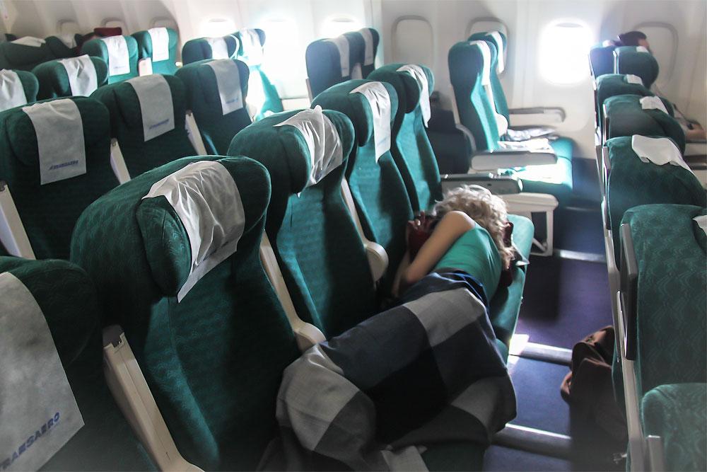 Боинг-777-200 у Трансаэро