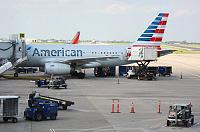 ���-��������-������������ � American Airlines