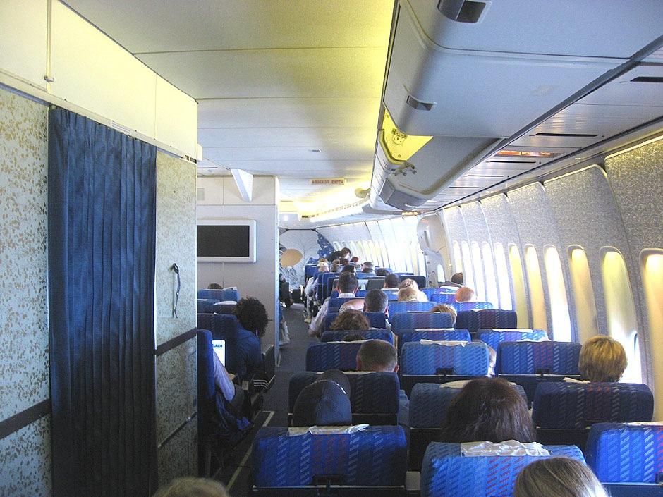 Фотогалерея Схемы салонов пассажирских самолетов.